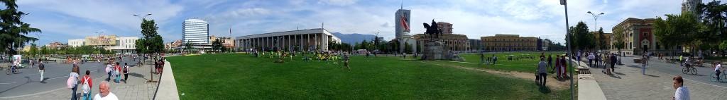 Tirana Plaza Skanderbeg