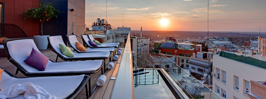 El Hotel Índigo inaugura la espectacular terraza en su azotea