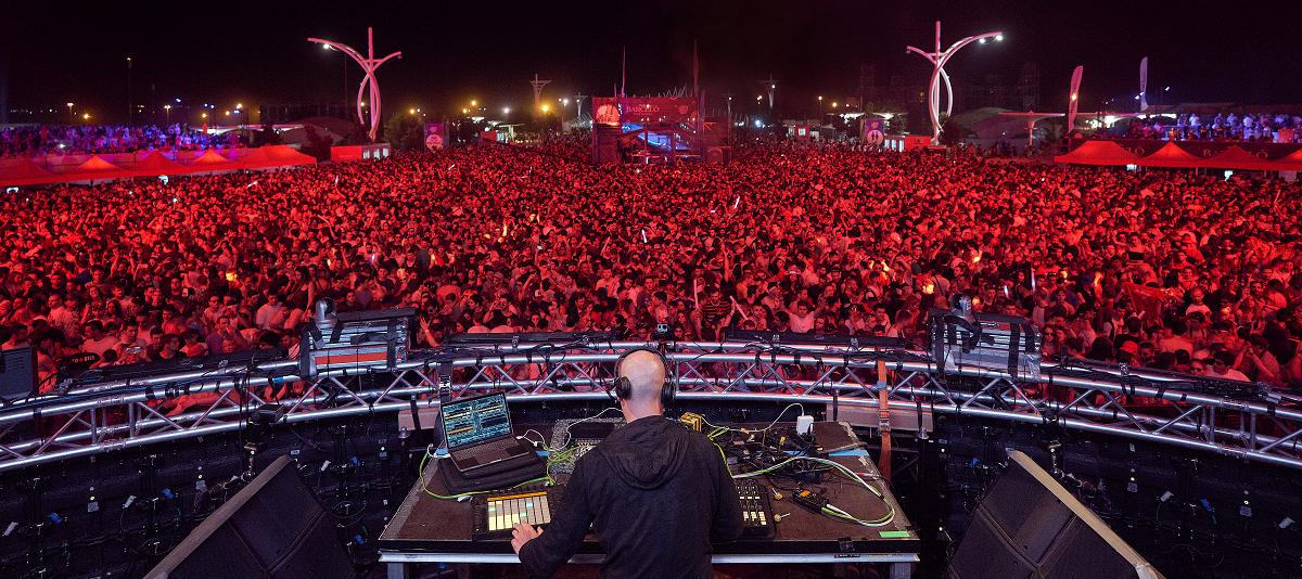 Casi 80.000 asistentes bailaron a ritmo de A Summer Story